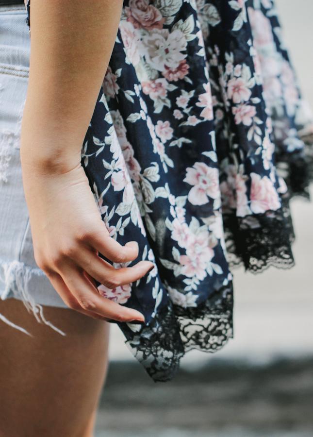 DIY: No-Sew Lace Trim Cardigan