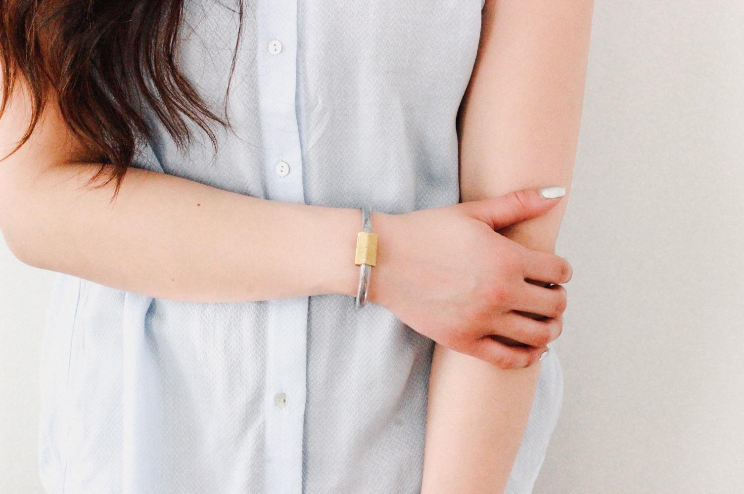 diy: vinyl & hardware bracelet - wild amor
