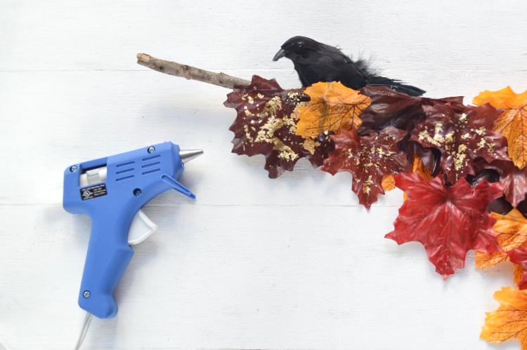 Darice DIY: Autumn Crow Wall Hanging