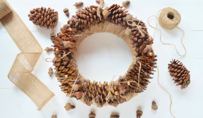 Darice Crafts: Pearl and Pine Cone Wreath