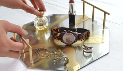 DIY Hexagon Mirror Tray