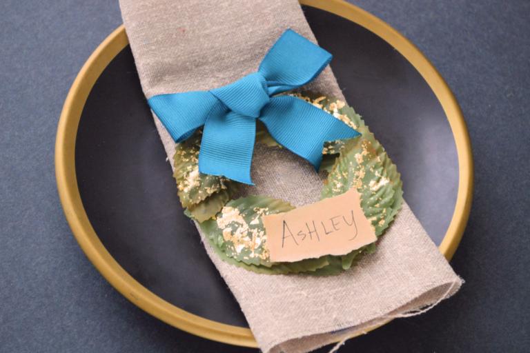 DIY Mini Wreath Place Cards