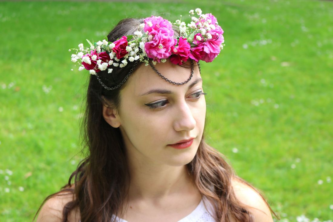 eBay: Draped Jewelry Flower Crown