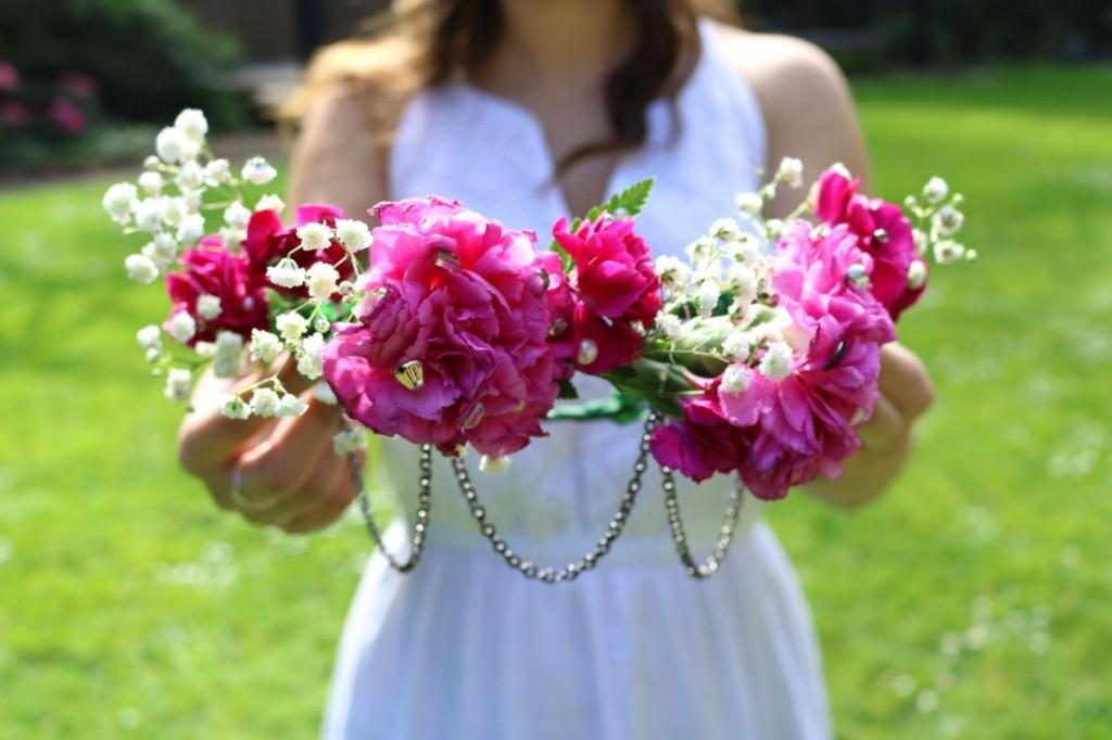 eBay DIY: Draped Jewelry Flower Crown