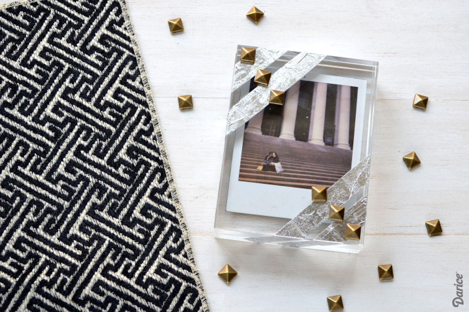 DIY: Studded Block Frame