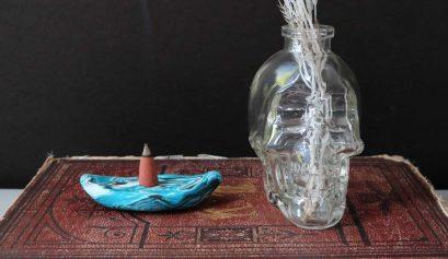 DIY: Marbled Incense Cone Holder