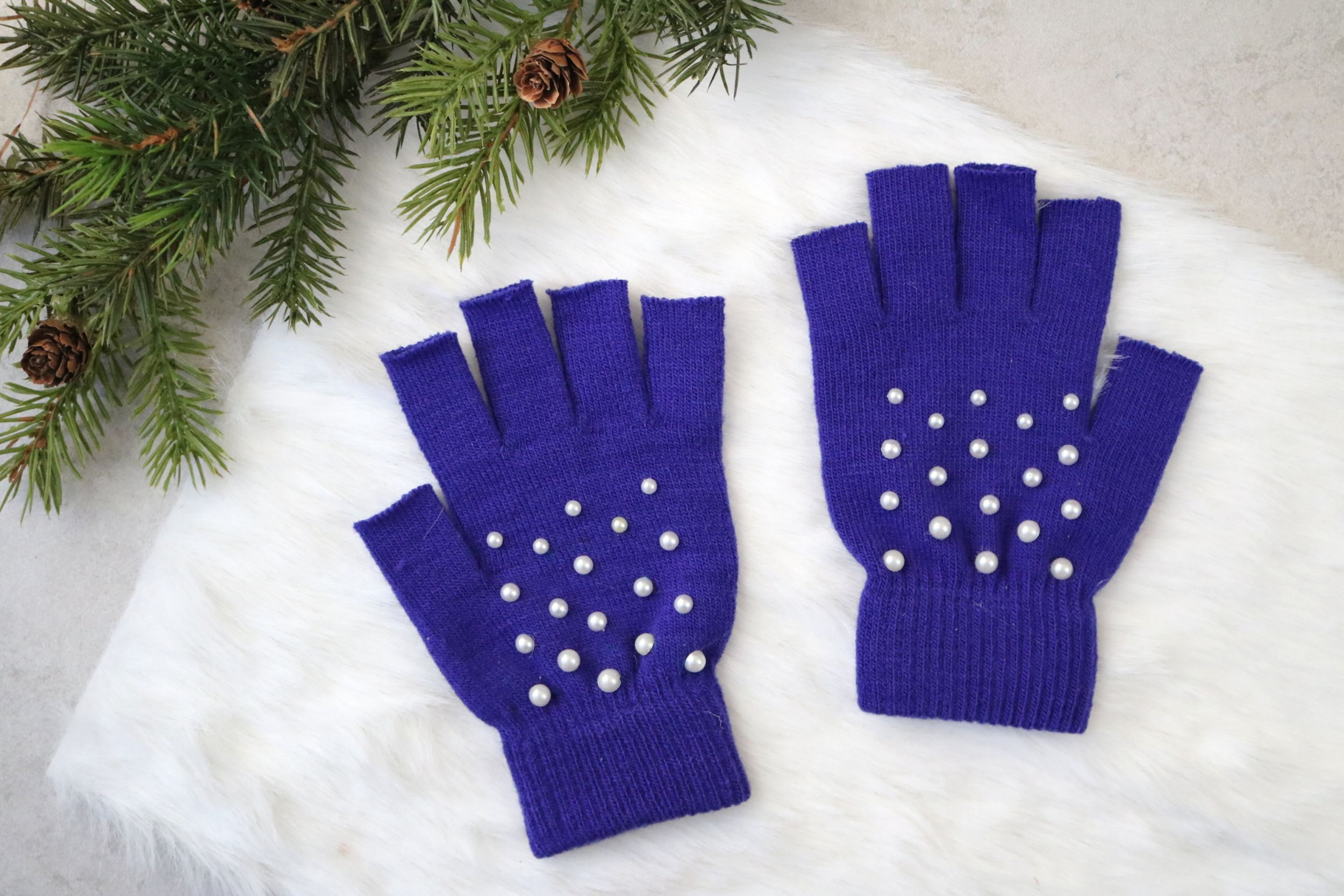 MORE: DIY Pearl-Studded Fingerless Gloves