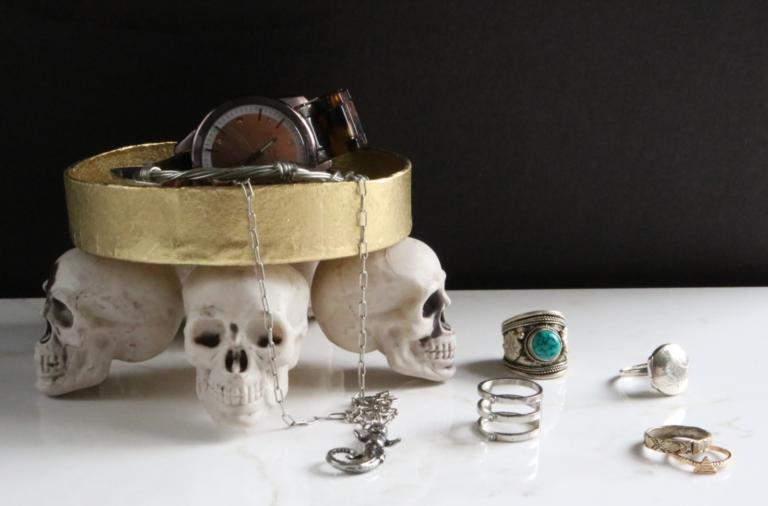 Darice: DIY Skull Jewelry Tray