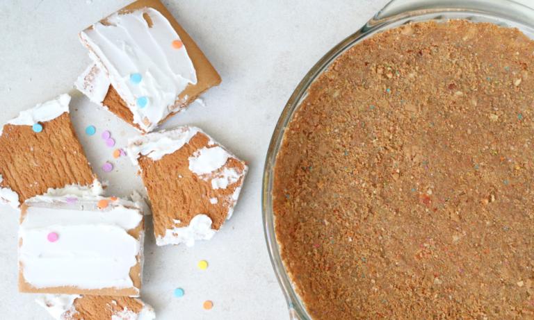 Gingerbread House Pie Crust