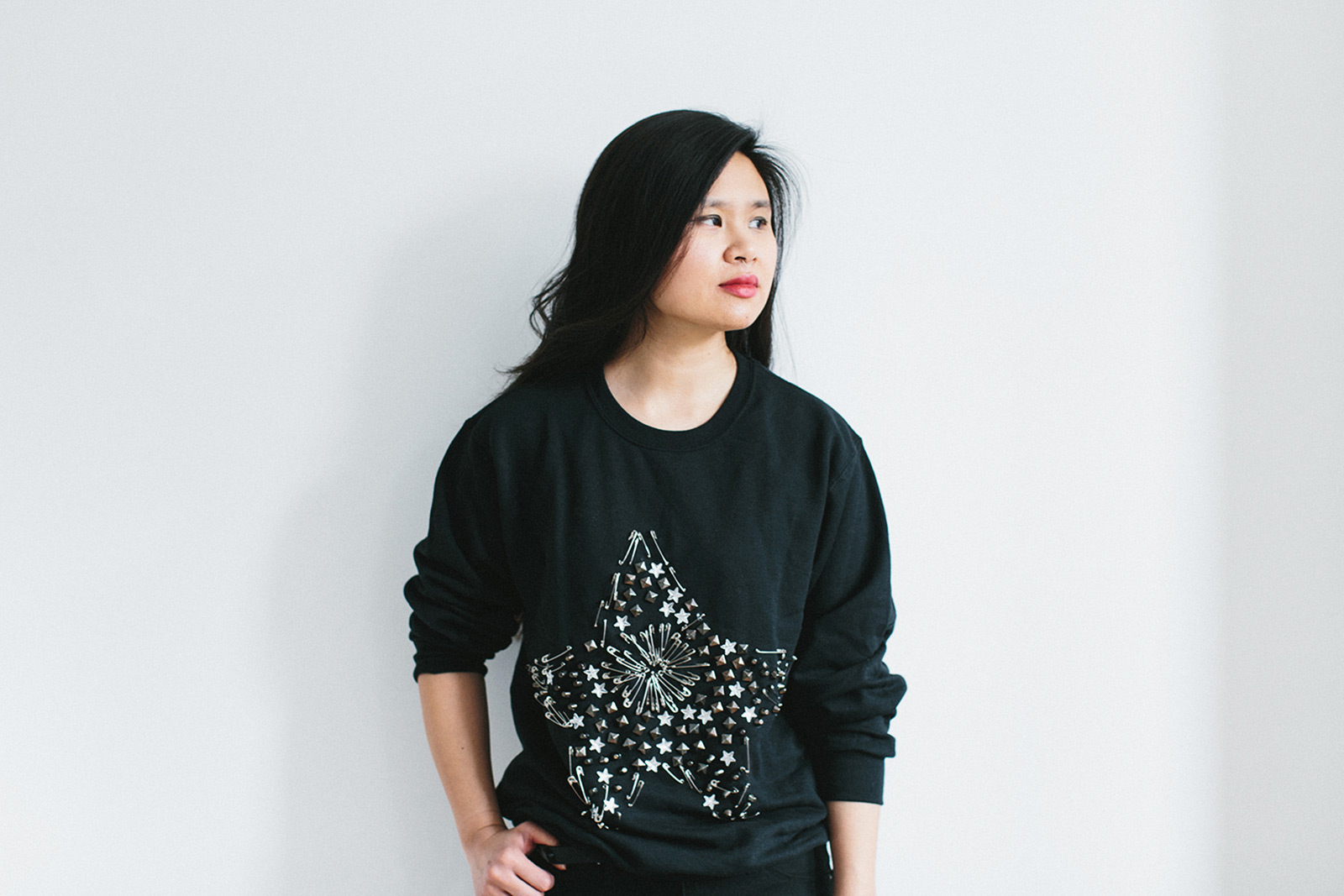 DIY Safety Pin Star Sweatshirt
