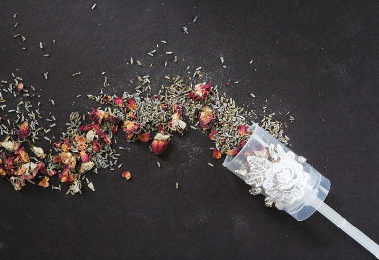 DIY Wedding Floral Push Pop Send-Off