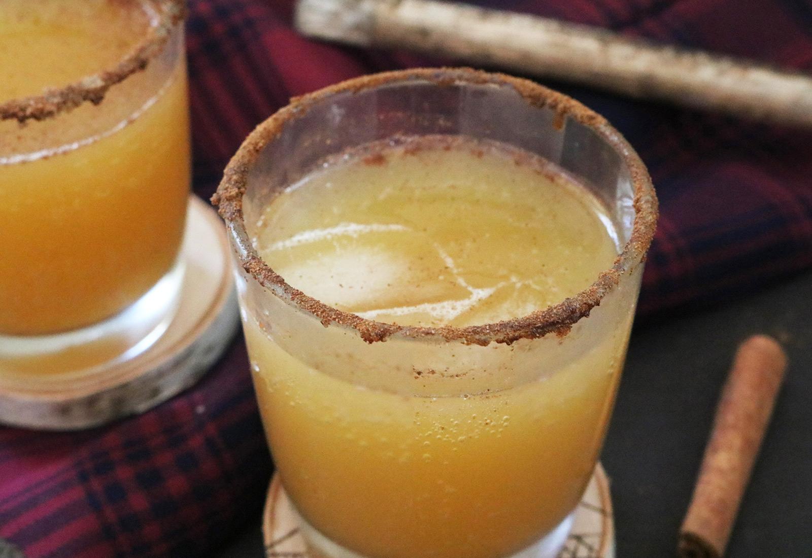 Fizzy Apple Drink Maer