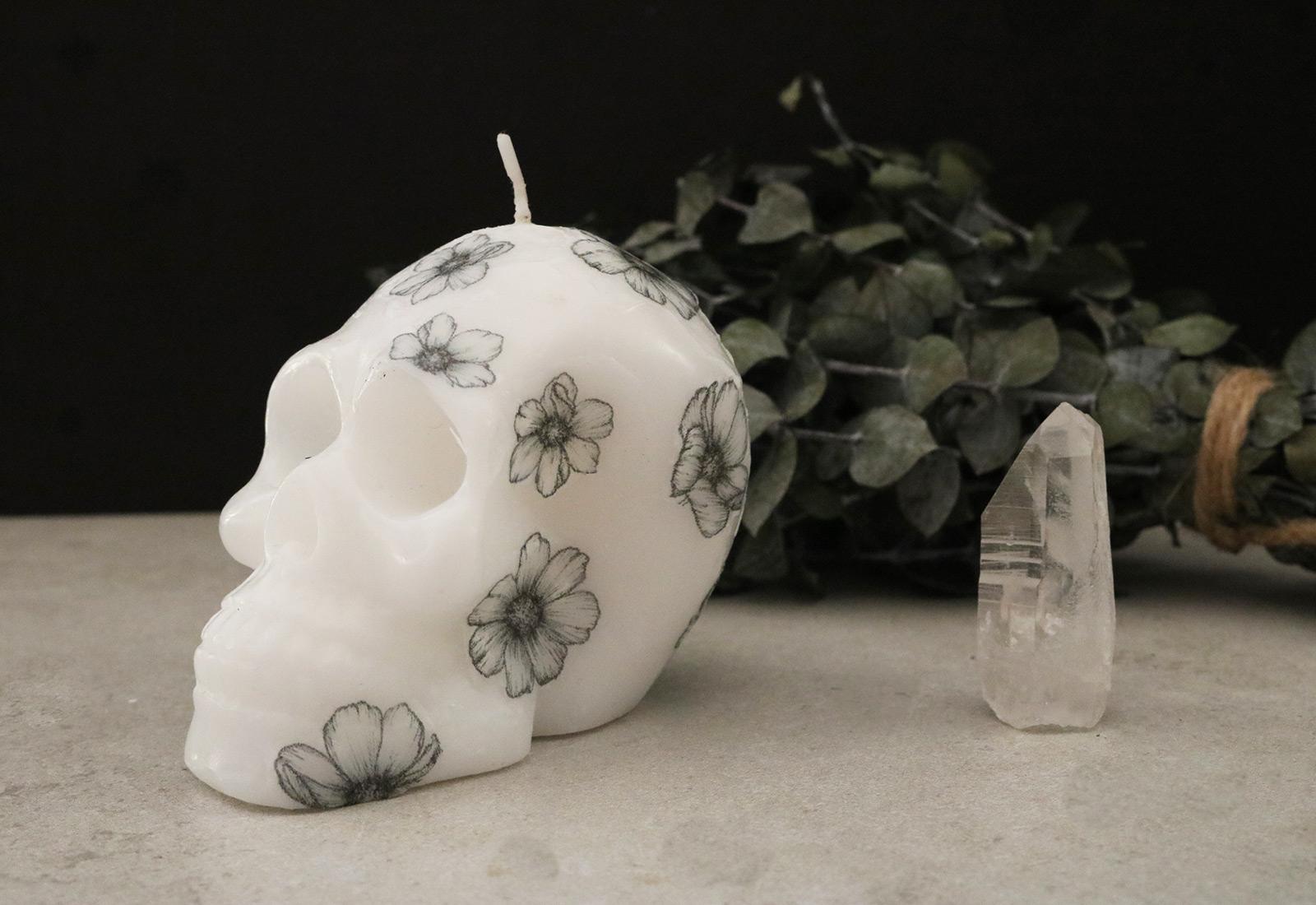 DIY Skull Floral Candle