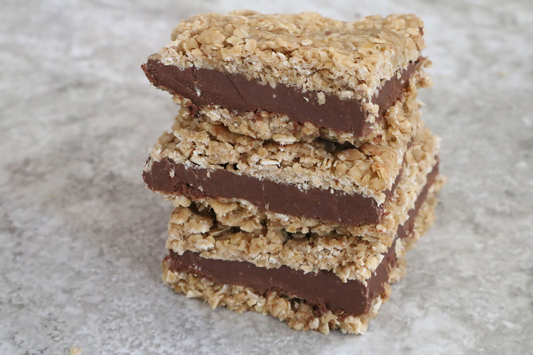 Cocoa Mocha Fudgy Oat Bars